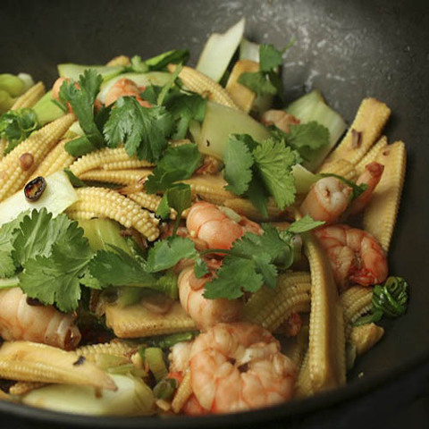 Готовое блюдо — Тайский стир-фрай с креветками