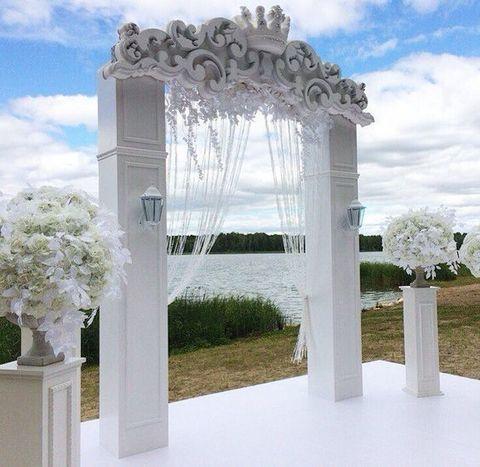 Свадебные украшения из пенопласта.