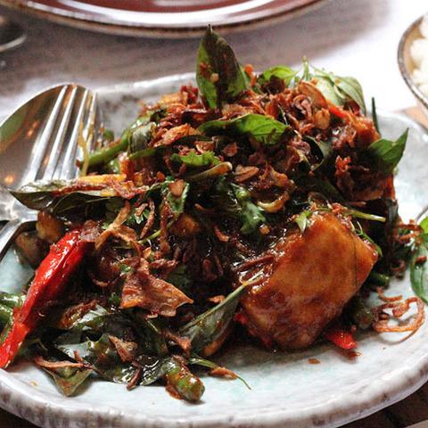 Готовое блюдо — Стир-фрай с овощами и тофу