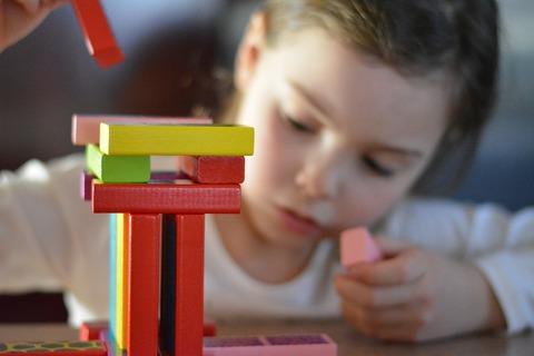 Как приучить ребёнка играть самостоятельно?