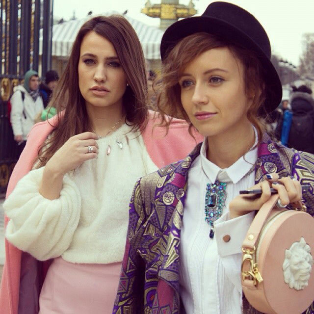 Street Style: Наталья Захарова с сумочкой от ANDRES GALLARDO