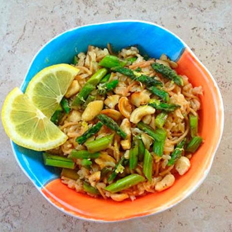 Готовое блюдо — Индийский рис с орехами
