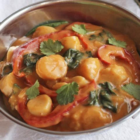 Готовое блюдо — Гребешки в красном карри