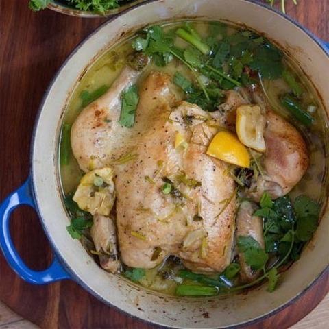 Готовое блюдо — Целая курица в тайском стиле