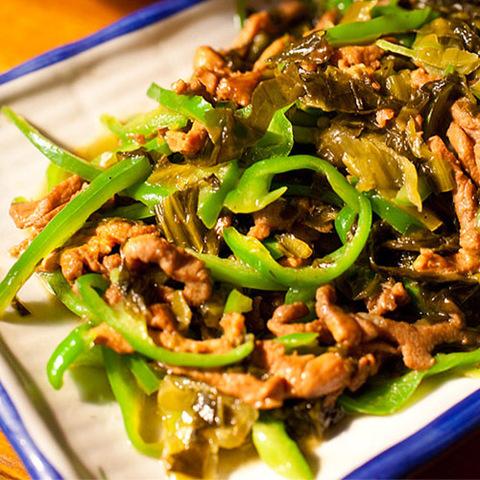Готовое блюдо — Зеленый перец со свининой по-хунаньски