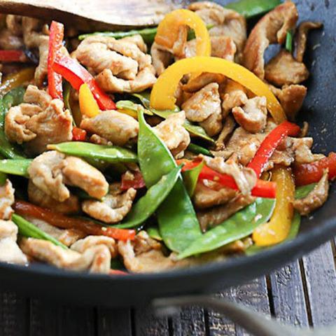 Готовое блюдо — Свинина в воке с овощами