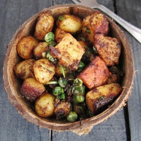 Готовое блюдо — Картофель с сыром по-индийски