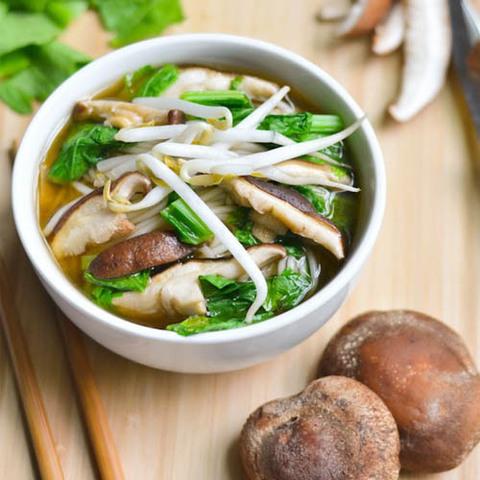 Готовое блюдо — Китайский грибной суп