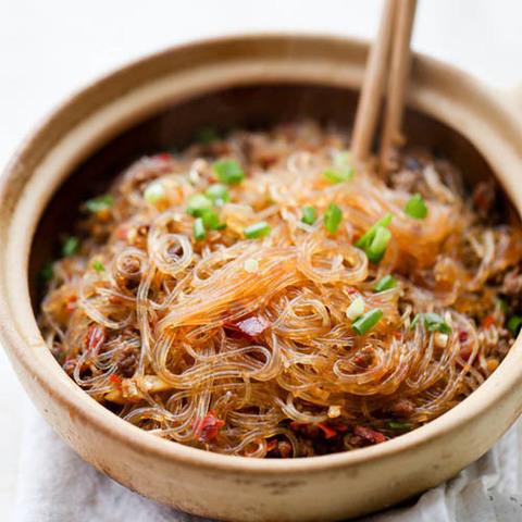 Готовое блюдо — Ма йи Шанг Шу (жареная фунчоза)