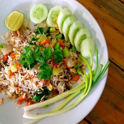 Жареный рис с рыбой
