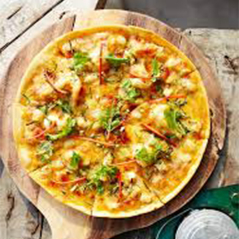 Готовое блюдо — Пицца Том ям พิซซ่าต้มยำกุ้ง