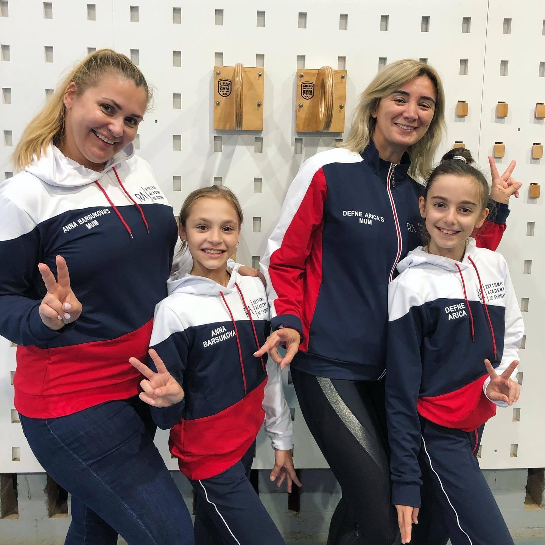 Костюмы для гимнасток из Австралии и их мам