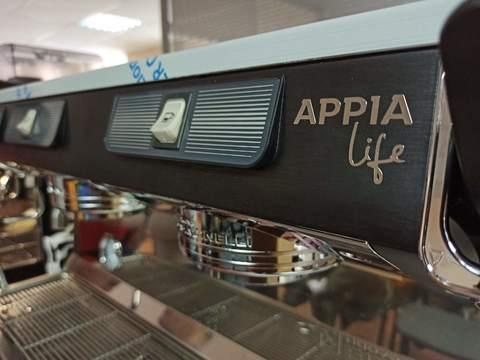 Основные типы кофемашин для ресторанов и кафе. ЧАСТЬ 4. Автоматические и полуавтоматические кофемашины.