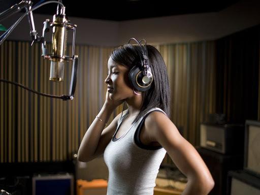 Как выбрать первый студийный микрофон?