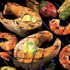 Аппетитные стейки лосося на газовом гриле Broil King