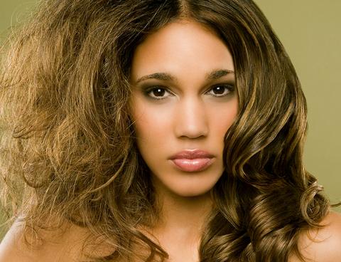 Как выбрать шампунь для сухих волос?