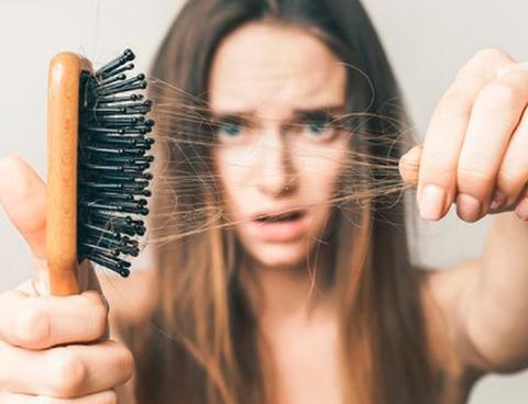 Остановить выпадение: 5 средств против выпадения волос, которые работают