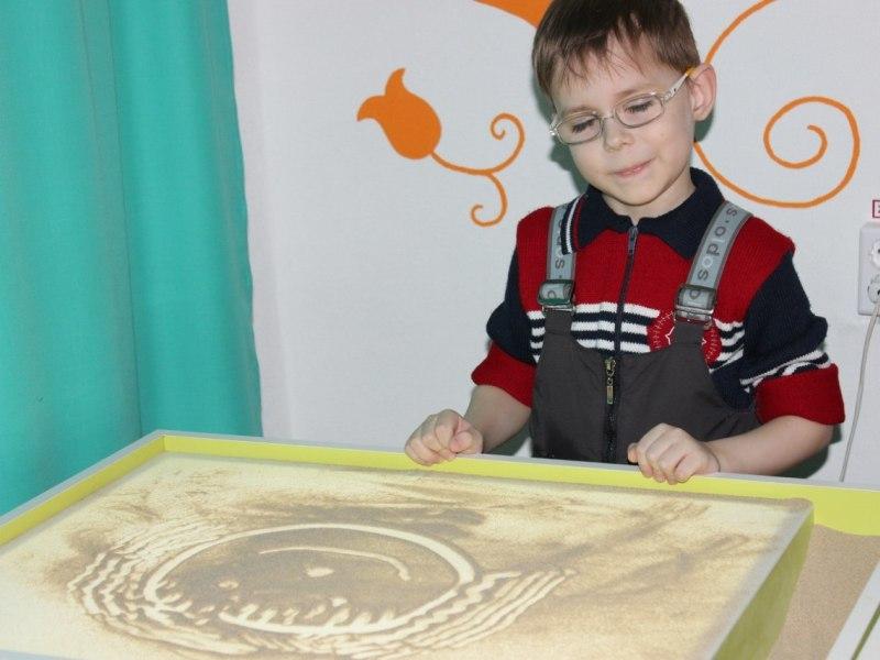 Эмоциональное развитие детей с помощью песочной терапии