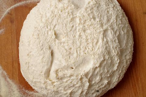 Спелое тесто на закваске (pate fermentee)