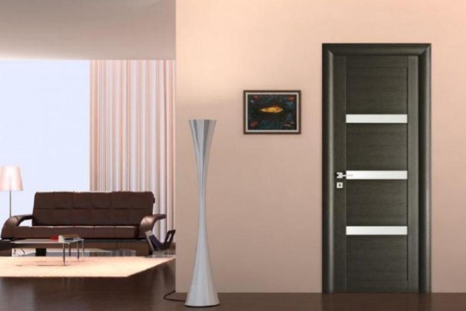 Какие бывают офисные двери: материалы и фурнитура