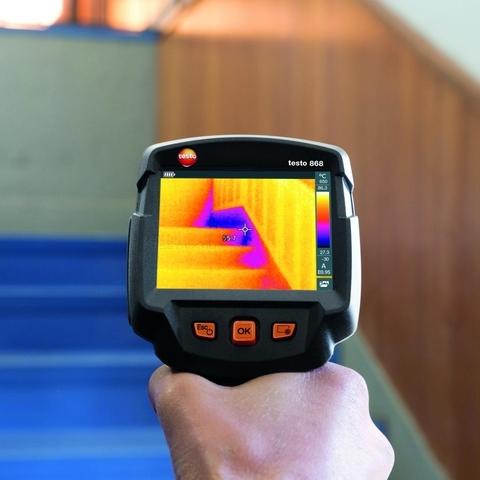Тепловизор Testo 868 для обнаружения дефектов и проведения технического обслуживания