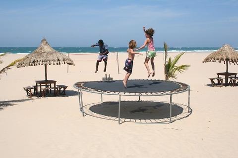 Идеальный отель для отдыха на море с детьми: какой он?