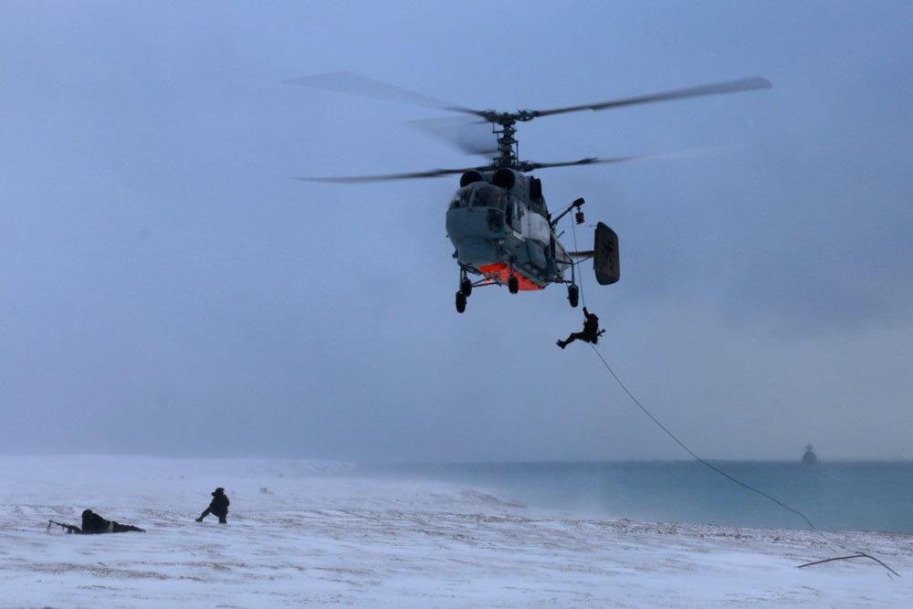 Противолодочные вертолеты оснащены комплексом стеклянная кабина