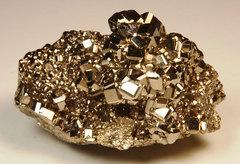 Физики создали управляемый магнит на основе немагнитного вещества