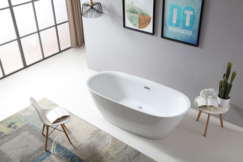 Новый бренд акриловых ванн Abber