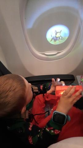 Лайфхаки для спокойного перелёта с маленьким ребёнком