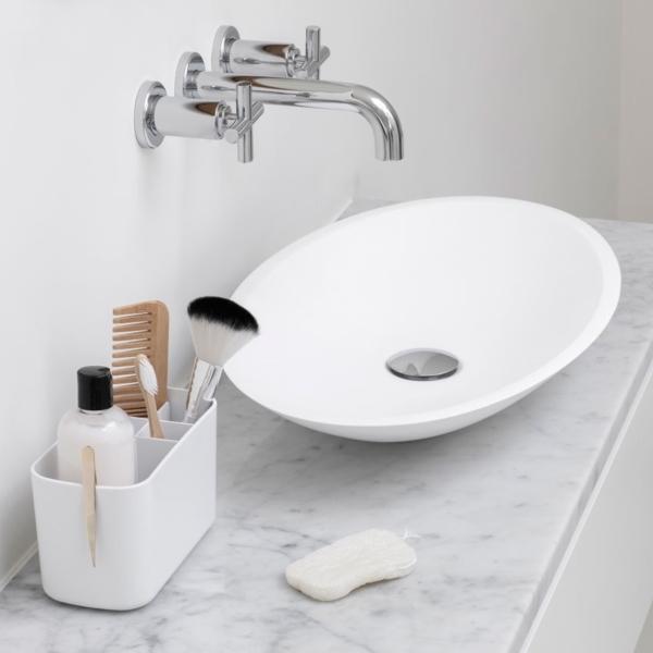 Дзэн в светлой ванной