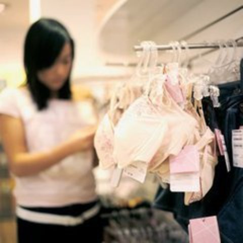 Особенности выбора нижнего белья для большой груди и нестандартной фигуры