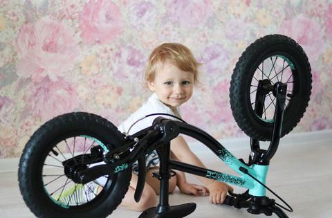 Продуманный Беговел-Велосипед Advantage!Растет вместе с ребёнком!