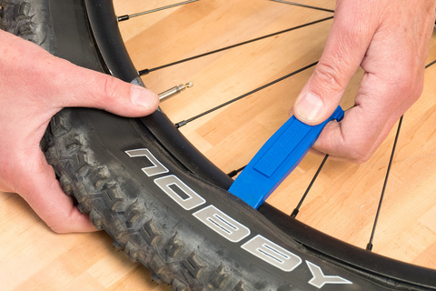 Ремонт велосипеда: Как заменить камеру на велосипеде