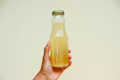 Соль, уксус, сода и лимон — лучшие натуральные средства для уборки.