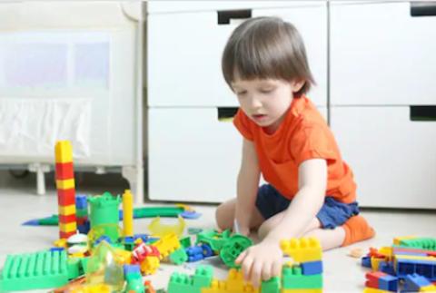 Как приучить ребёнка убирать игрушки и сберечь свои нервы?