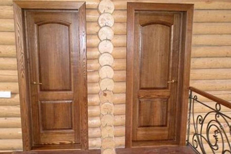 Как выбрать межкомнатные двери из массива?