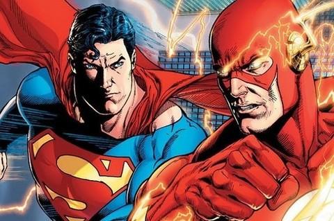 Кто быстрее: Флэш или Супермен?