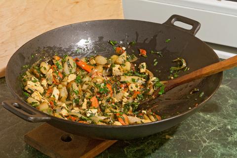 Овощи в воке: как вкусно приготовить топинамбур с тофу и чили рецепт с фото