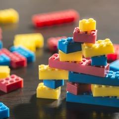Почему лучше покупать большие наборы LEGO?