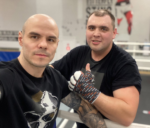 Герман Скобенко боксёр и боец на голых кулаках