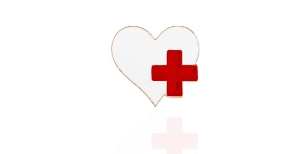 Броши на медицинскую тему - в подарок медсестрам и врачам