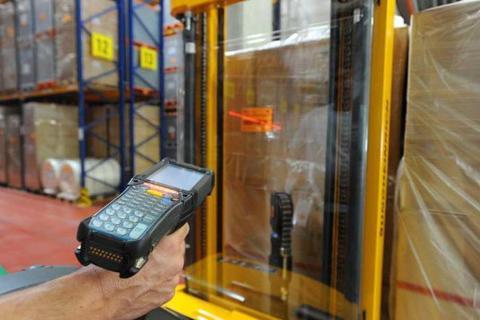 Терминал сбора данных на складе: превращаем дорогое оборудование в выгодные инвестиции