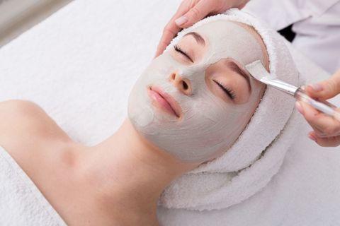 Маска для лица — самая приятная косметическая процедура