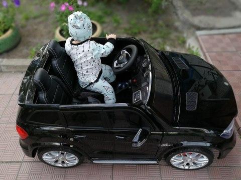Электромобиль для детей: с какого возраста можно применять?