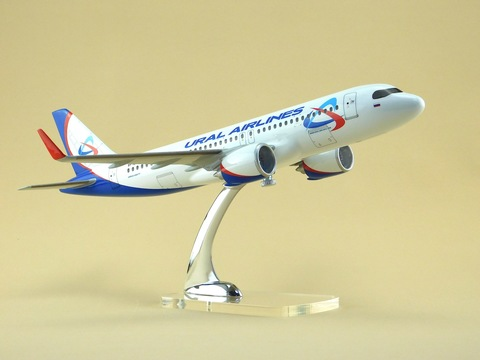 Airbus A-320NEO в масштбе 1/100