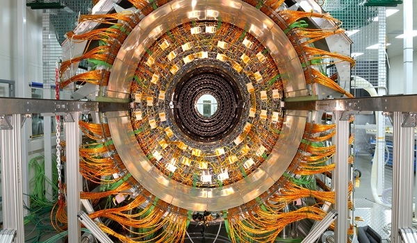 Охладитель адронного коллайдера переведут на CO2
