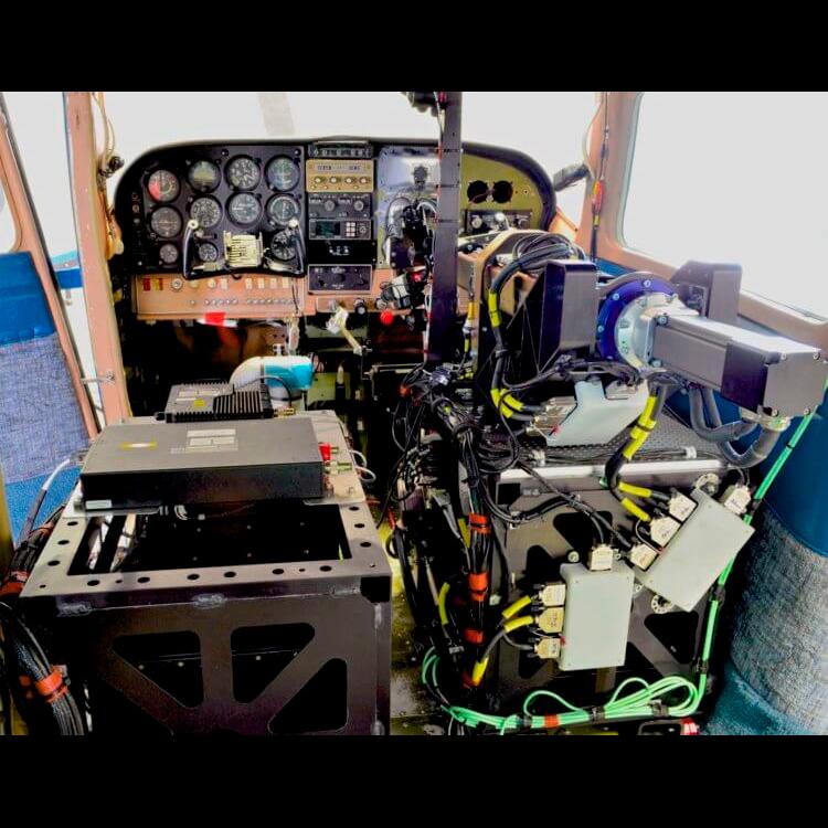 Робот-пилот для беспилотника