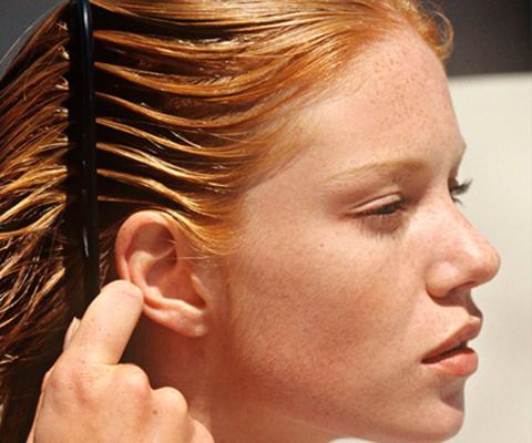 Как выбрать шампунь для жирных волос?