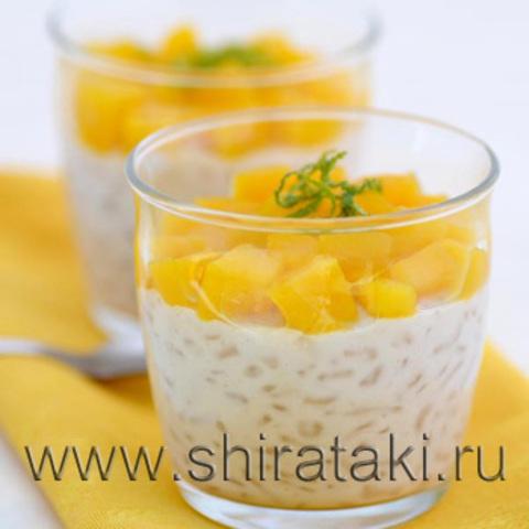 Кокосово-рисовый пудинг с фруктами